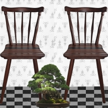 Holzstühle aus Eichenholz